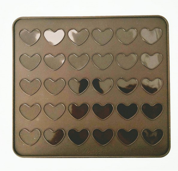 Silicone Macaroon Mat Heart 290X260MM