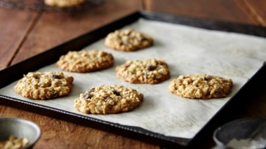 Bake With Yen - 7 Reasons to Use Parchment Paper